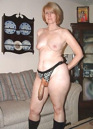 MILF Strapon Porn Pictures